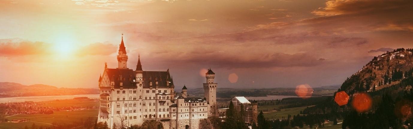 CAP beautiful sunset behind castle