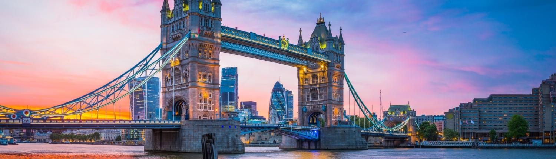 CAP London Tower Bridge River Thames City skyscrapers illuminated sunset panorama